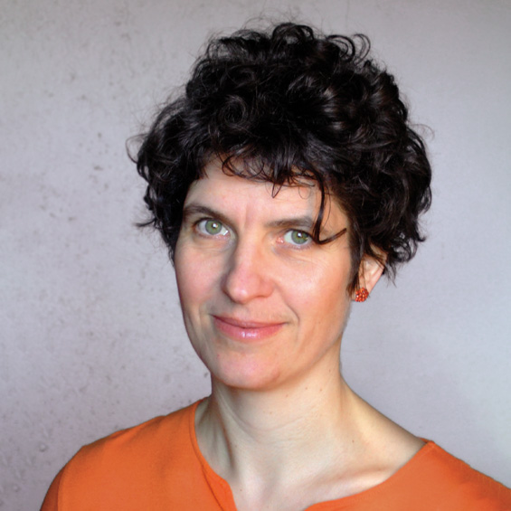Dr. Manuela  Barth